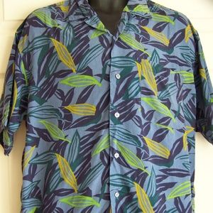 Perry Ellis Hawaiian shirt Men's Size Medium